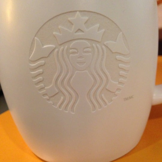 Photo taken at Starbucks by Roxanne K. on 1/3/2013