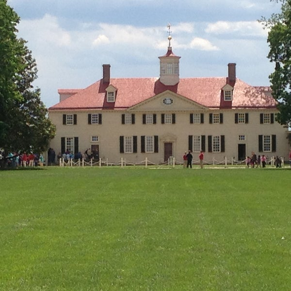 Photo taken at George Washington's Mount Vernon Estate, Museum & Gardens by Cliff L. on 5/13/2013