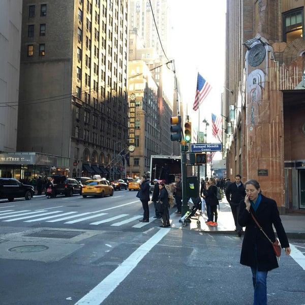 Photo taken at DoubleTree by Hilton Hotel Metropolitan - New York City by Carmen-Elizabeth G. on 12/4/2015
