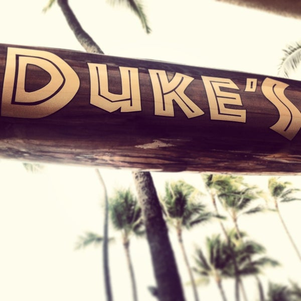 Photo taken at Duke's Waikiki by Tawni N. on 3/10/2013
