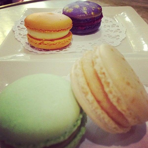 Photo taken at La Maison du Macaron by Suresh on 7/15/2013