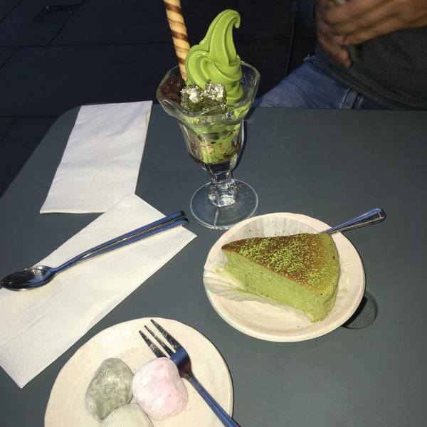Loved everything from the  poke powls to the desserts! The best definitely is the matcha brownie and the icecream by far, cheesecake not good, and mochis are not filled with icecream. Small place