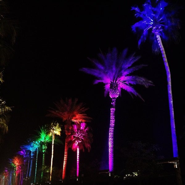 Photo taken at Coachella Valley Music and Arts Festival by David D. on 4/20/2013
