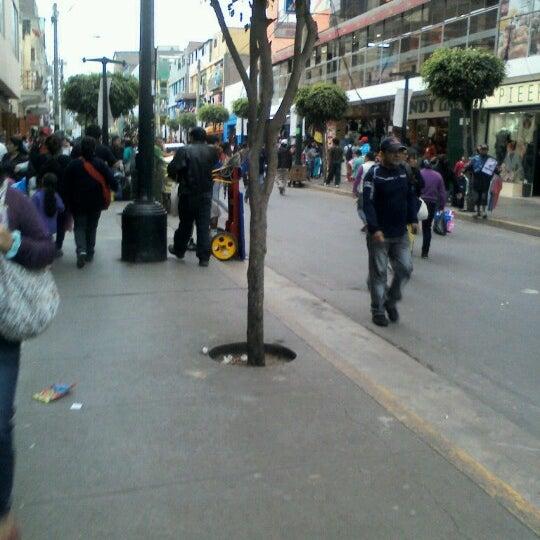 Foto tomada en Gamarra por Patty A. el 11/2/2012