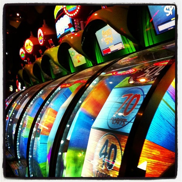 Photo taken at Dave & Buster's by Kieran H. on 12/30/2012