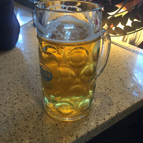 Photo taken at Snake River Brewery & Restaurant by Dennis S. on 10/1/2016