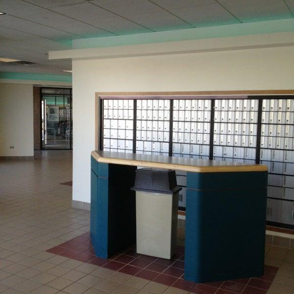 U.S. Post Office (Carol Stream)