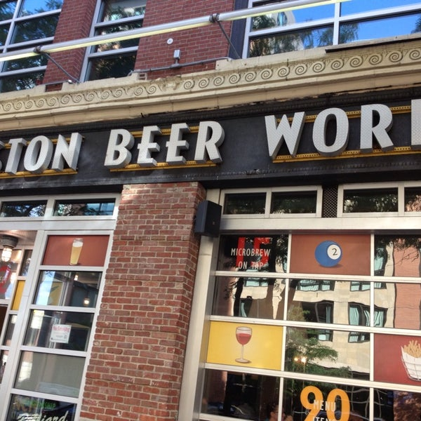 Photo taken at Boston Beer Works by Philip P. on 8/2/2013