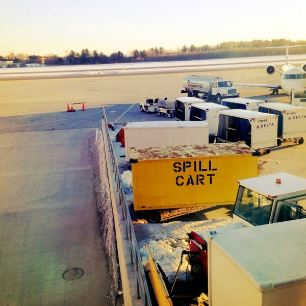 Photo taken at Portland International Jetport (PWM) by Danu A. on 2/28/2014