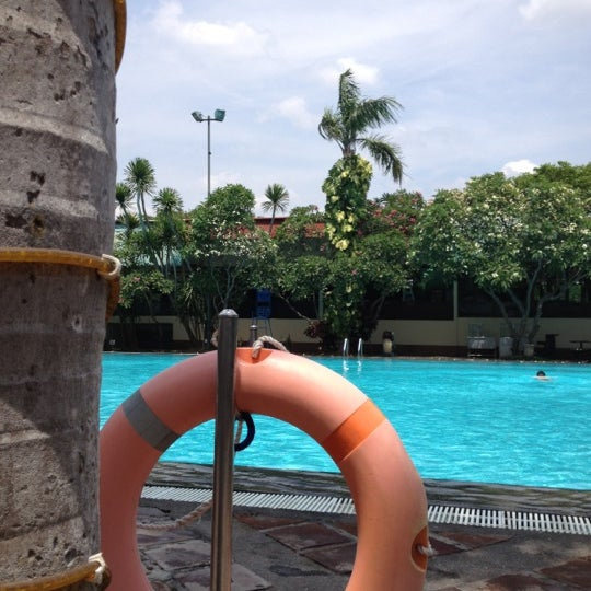 Photo taken at Graha Residence Swimming Pool by pandam on 10/7/2012