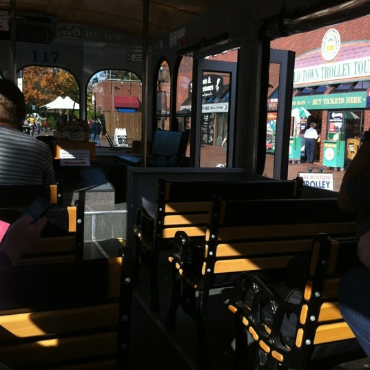 Photo taken at Old Town Trolley Tours of Boston by S L L. on 10/20/2012
