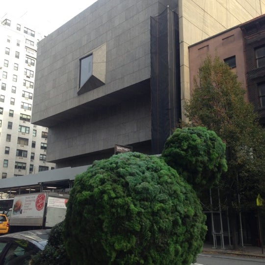 Photo taken at Whitney Museum of American Art by Supisara C. on 11/25/2012