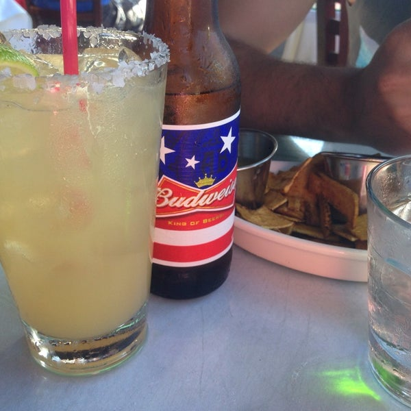 Photo taken at Mercedes Bar & Grill by Olson4ik N. on 9/6/2014