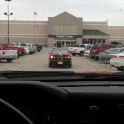 Walmart Supercenter Grocery Store In Kenner
