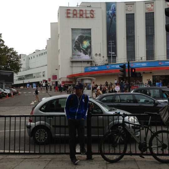 Photo taken at Earls Court Exhibition Centre by Alejandro A. on 9/30/2012