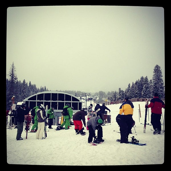 Photo taken at The Maggie at Peak 9 Base by Neil S. on 2/21/2013