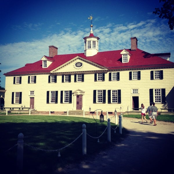 Photo taken at George Washington's Mount Vernon Estate, Museum & Gardens by Jamie W. on 5/28/2013