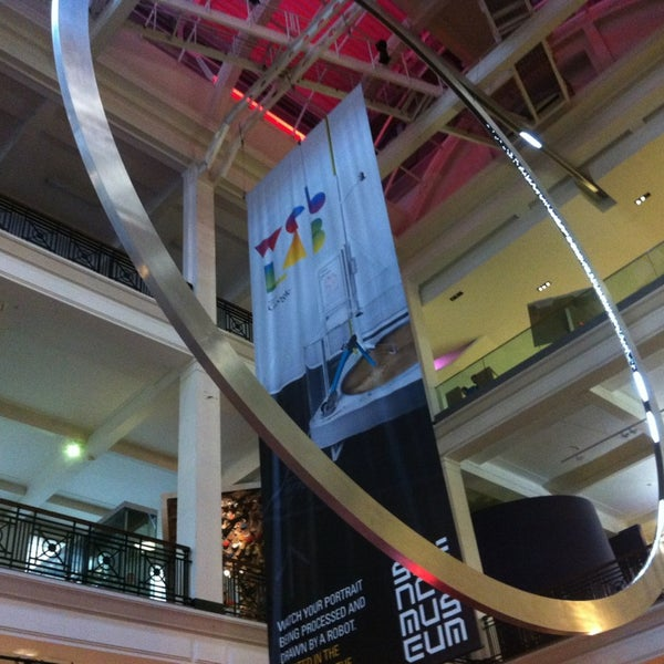 Photo taken at Science Museum by Romina H. on 12/29/2012