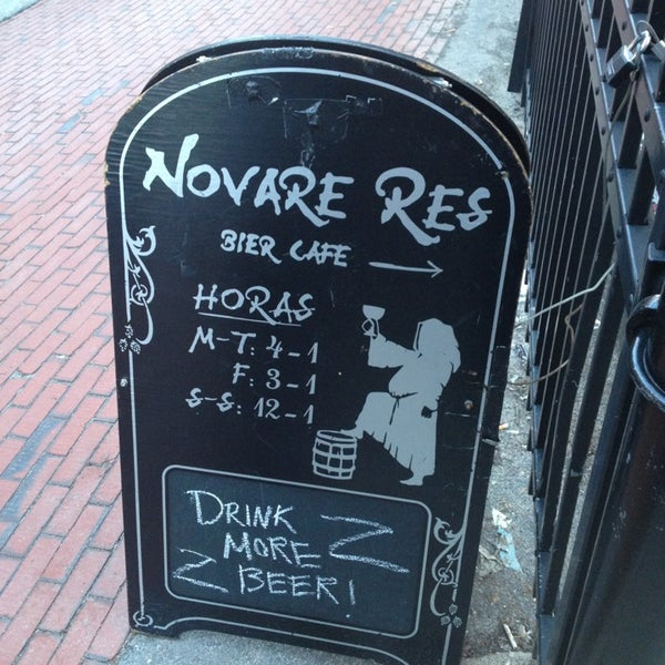 Photo taken at Novare Res Bier Cafe by Mac N. on 3/13/2013