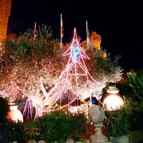 Photo taken at Hotel Parador de Oropesa by Daniel G. on 12/5/2014