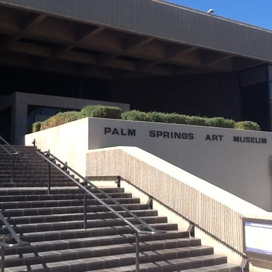 Photo taken at Palm Springs Art Museum by Efrat G. on 10/8/2012