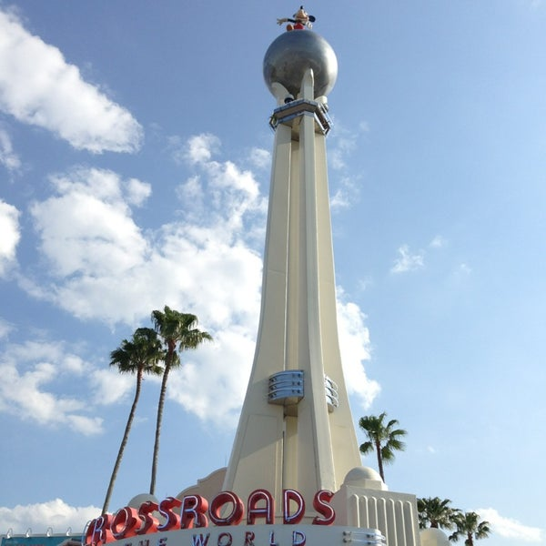 Photo taken at Disney's Hollywood Studios by Brent on 5/18/2013
