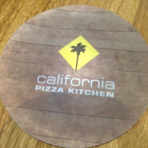 California Pizza Kitchen Precios
