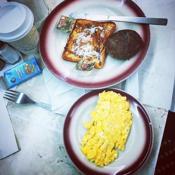Photo taken at Tastee Diner by Elizabeth M. on 3/12/2016
