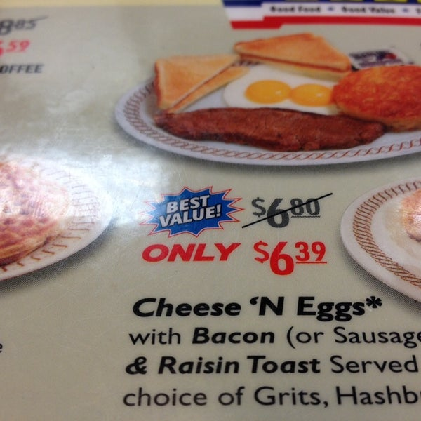 Photo taken at Waffle House by Joe R. on 2/20/2014