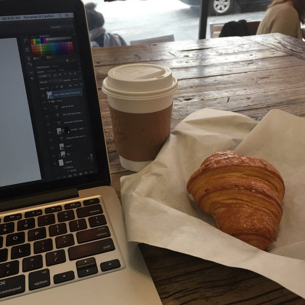 Photo taken at Cup-A-Joe Coffee House by Fernanda D. on 3/12/2016