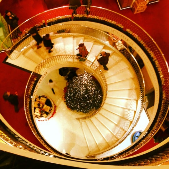 Photo taken at Fortnum & Mason by Christian B. on 12/16/2012