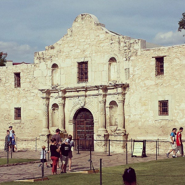 Photo taken at The Alamo by Stephen W. on 7/26/2013