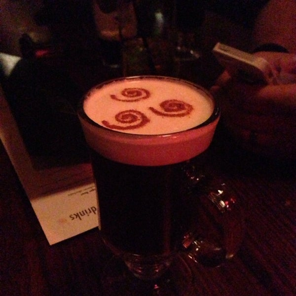 Photo taken at Fadó Irish Pub & Restaurant by cristina c. on 8/4/2013