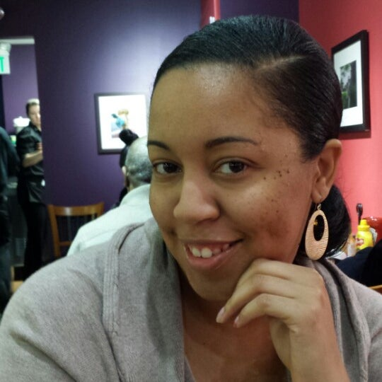 Photo taken at Miss Shirley's Cafe by Timmy O. on 1/18/2014