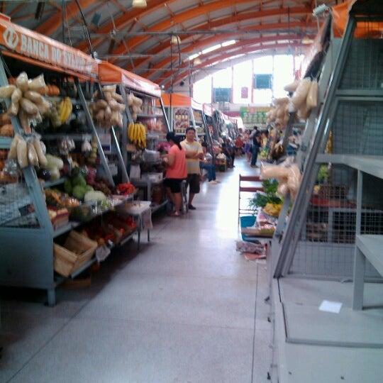 Photo taken at Mercado Municipal Antônio Valente by Carlos Alexssandro S. on 11/10/2012