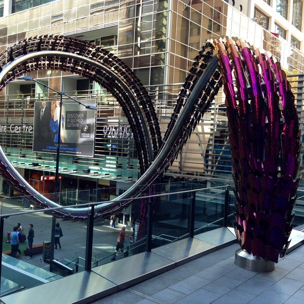 Apartment Shopping: World Square Shopping Centre