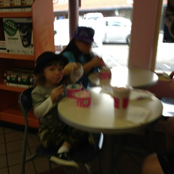 Photo taken at Baskin-Robbins by Dawn F. on 7/22/2013