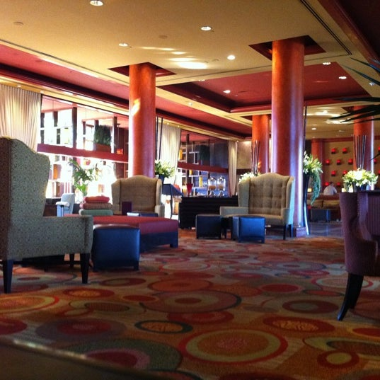 Photo taken at Marriott Marina Del Rey by Martin F. on 8/5/2011