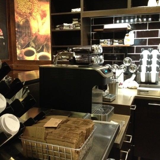 Photo taken at Starbucks by Wendy M. on 1/4/2012