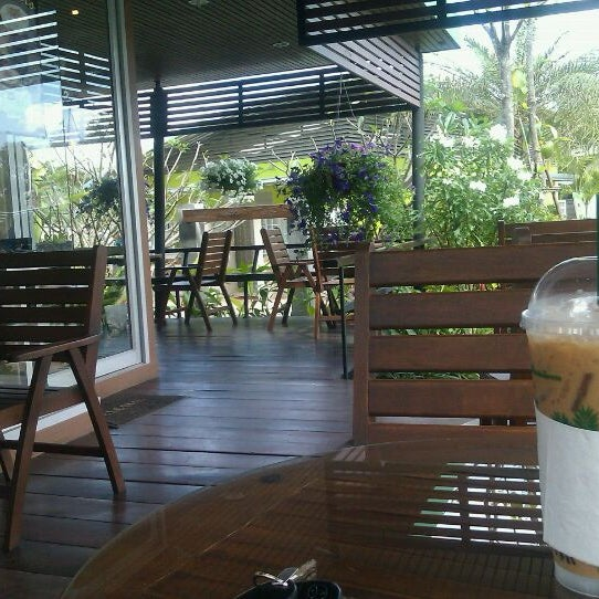 Photo taken at Café Amazon by TorpongCh on 1/21/2012