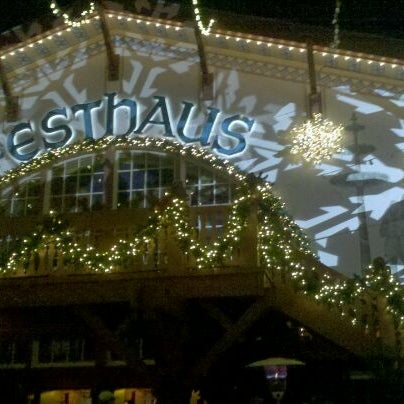 Photo taken at Busch Gardens Williamsburg by Alyssa R. on 12/11/2011