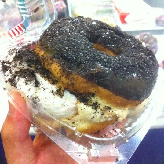 Photo taken at Holey Cream by Jaszver B. on 5/21/2012