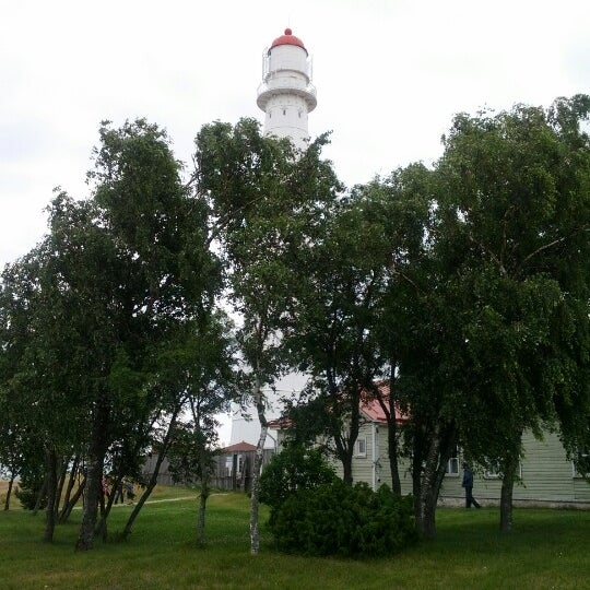 Photo taken at Tahkuna Lighthouse by @OrmanBeckles on 7/24/2012