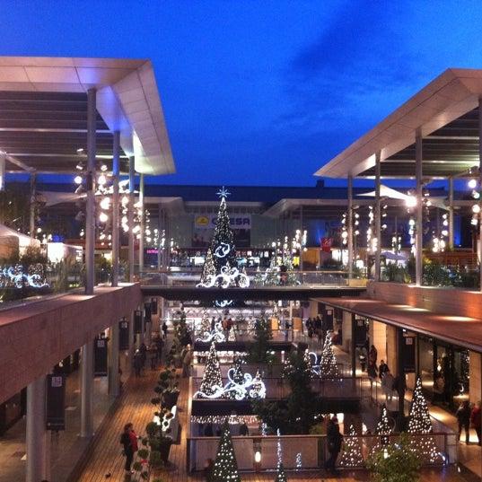 La maquinista shopping mall in barcelona for La maquinista parking