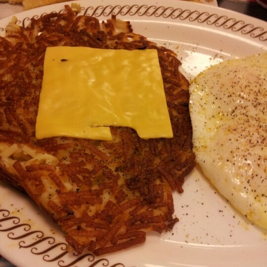 Photo taken at Waffle House by Scott H. on 11/27/2012