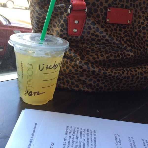 Photo taken at Starbucks by Victoria S. on 9/8/2014