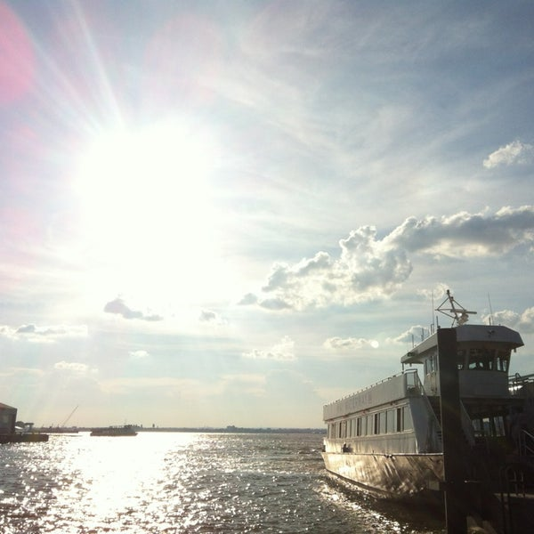 Photo taken at Brooklyn Bridge Park - Pier 6 by Wei-Hsiang H. on 7/7/2013