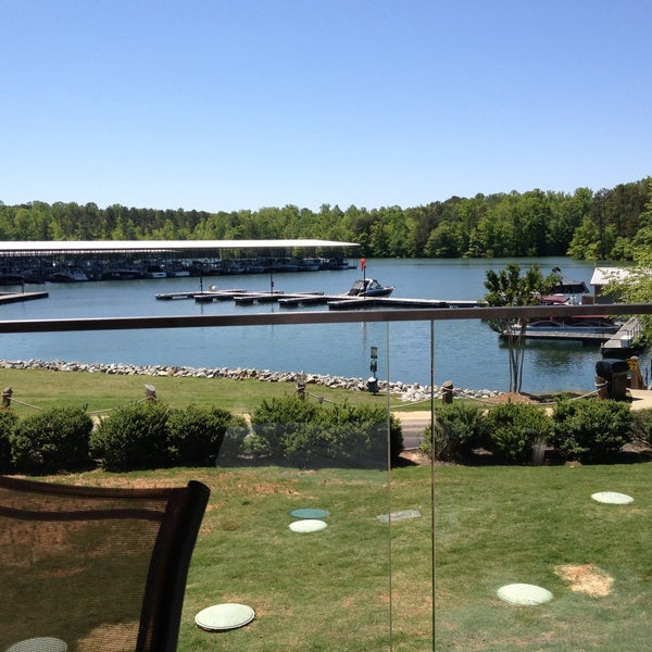 Photo taken at Fish Tales Lakeside Grille by Mia M. on 5/13/2013