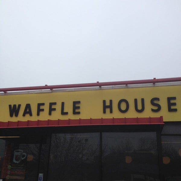 Photo taken at Waffle House by Scott L. on 12/25/2012