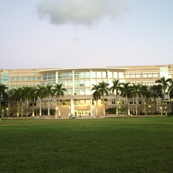 Photo taken at NSU: Alvin Sherman Library by Morgan C. on 10/31/2013